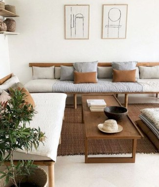 Comfy Living Room Decor Ideas To Make Anyone Feel Right At Home33