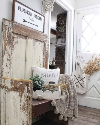 Excellent Fall Decorating Ideas For Home With Farmhouse Style19