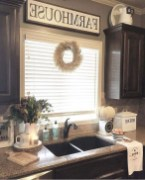 Excellent Fall Decorating Ideas For Home With Farmhouse Style41
