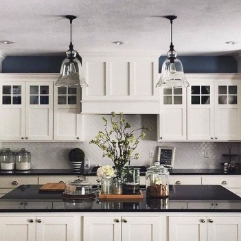 Incredible Black And White Kitchen Ideas To Try12