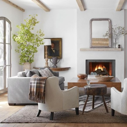 Awesome Living Room Mirrors Design Ideas That Will Admire You07
