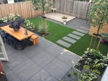 Chic Small Courtyard Garden Design Ideas For You20