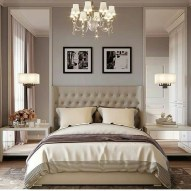 Cute Chandeliers Decoration Ideas For Your Bedroom03