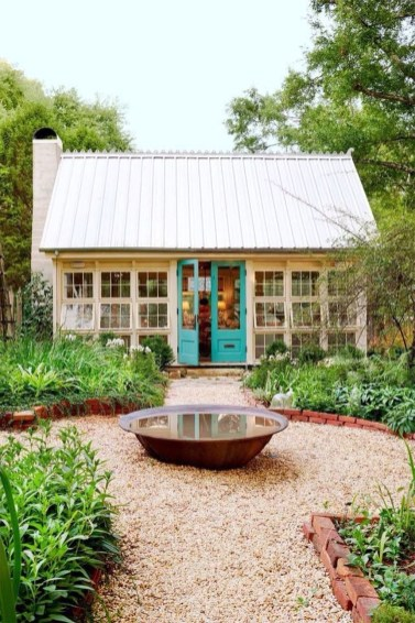 Incredible Studio Shed Designs Ideas For Your Backyard35