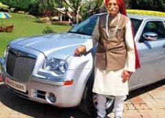 প্রয়াত প্রসিদ্ধ মশলা ব্র্যান্ড এমডিএইচ-এর মালিক 'মহাশয়জি' ধরমপাল গুলাটি। মৃত্যুকালে তার বয়স হয়েছিল ৯৭ বছর।