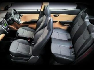 hyundai_eon_interior_view_640x480