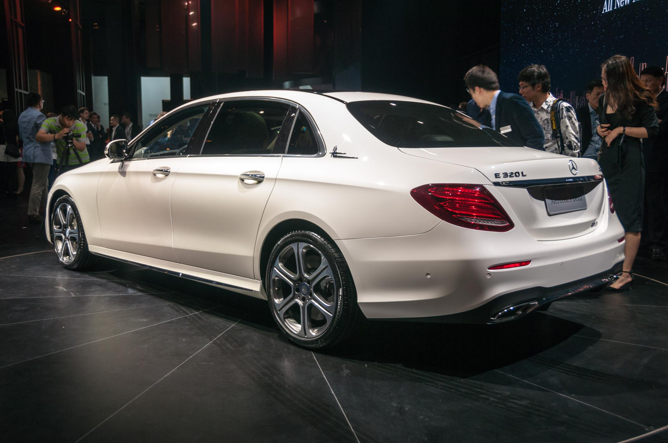 Mercedes-Benz-E-Class-Long-Wheelbase-3