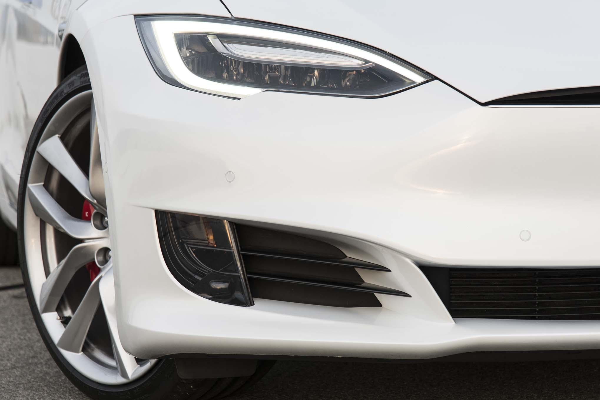 2017 Tesla Model S P100D. (Photo By, Brian Brantley/Brian Brantley Media, ©2017)