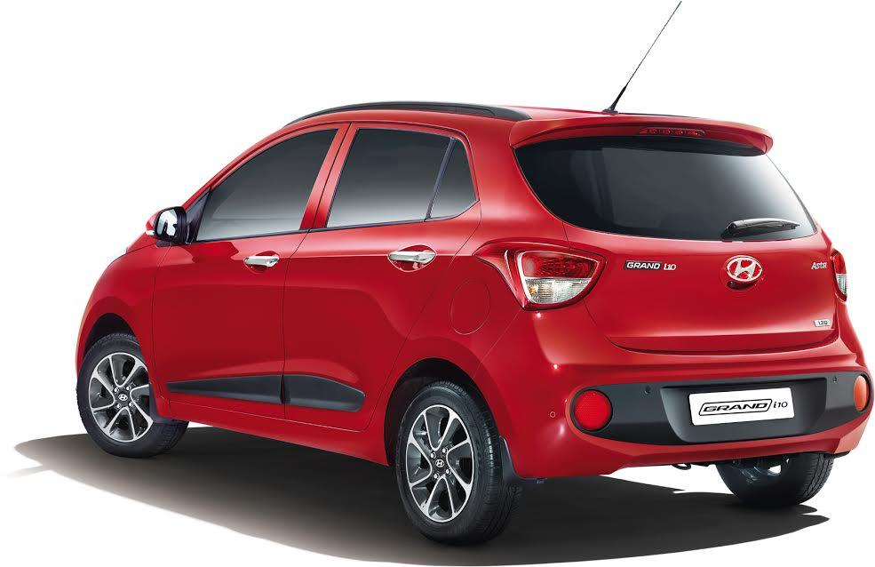 new-2017-Hyundai-Grand-i10-facelift-rear-shape-pictures-photos-images-snaps-video