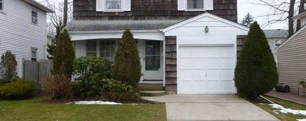 Leverett Ave. Home for Sale in Great Kills