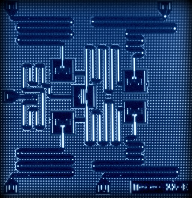 IBM's five qubit processor uses a lattice architecture that scale to create larger, more powerful quantum computers. (Photo: IBM)