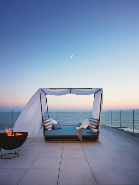 canopy-garden-bed-portofino-roberti-rattan.jpg