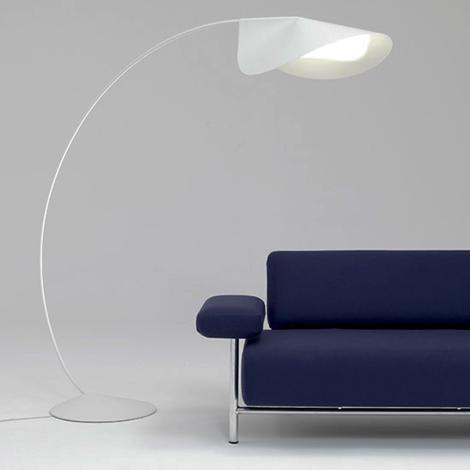 elegant-floor-lamps-circle-de-padova-4.jpg