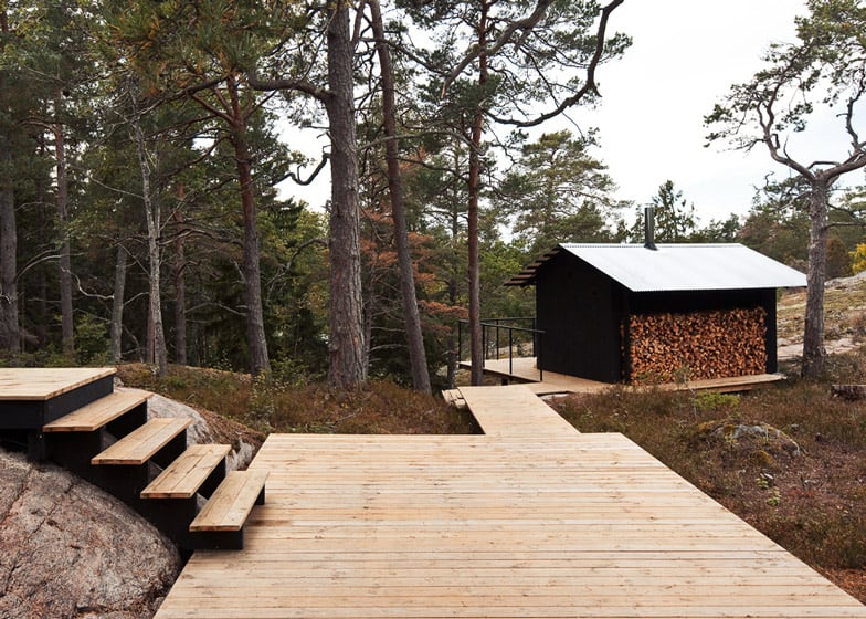 Single Story Summer House Overlooks Forested Gorge In Sweden Modern House Designs