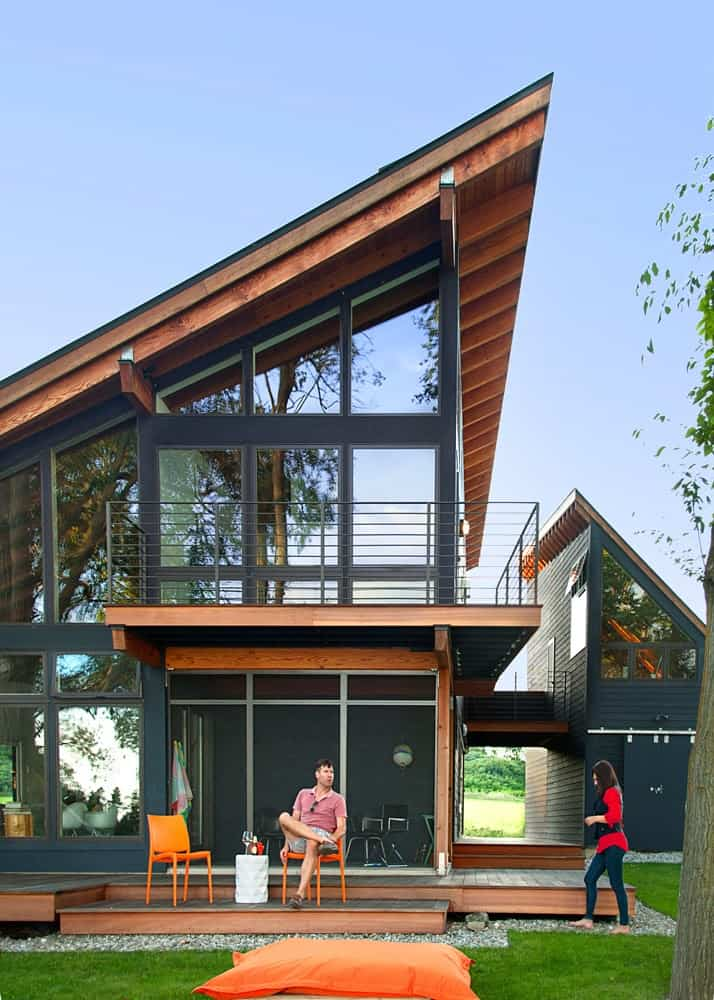 Cool Lake Home Designed to Enjoy the Views and Create Art ... on Modern House Ideas  id=96181