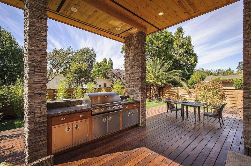 House with Outdoor Kitchen Setup | Modern House Designs on Contemporary Backyard  id=26534