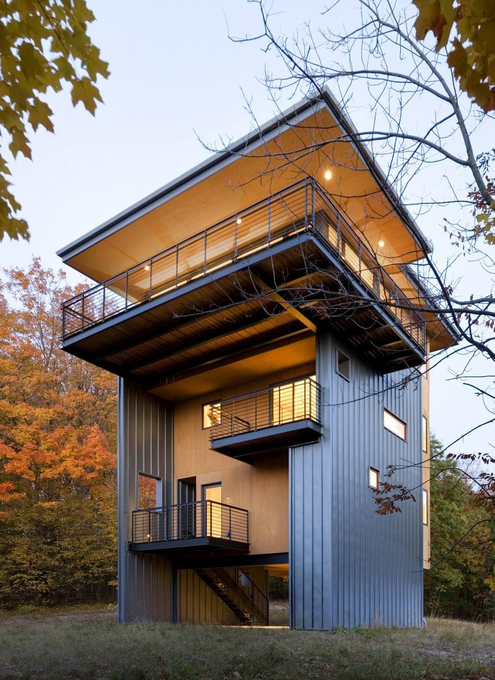 4-Storey Tall House Reaches Above the Forest to See the ... on Modern House Ideas  id=58322