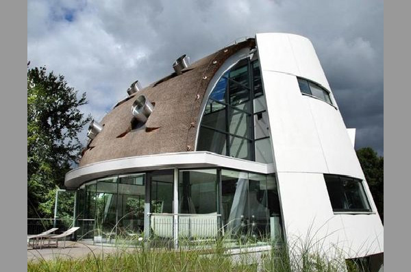 Futuristic Home Design by Factor Architecture, Netherlands ... on Modern:szae7Exnfpq= Amazing Houses  id=53967