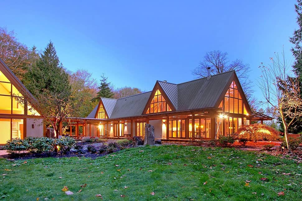 Cabin Chic Mountain Home of Glass and Wood   Modern House ... on Glass House Design Ideas  id=50787