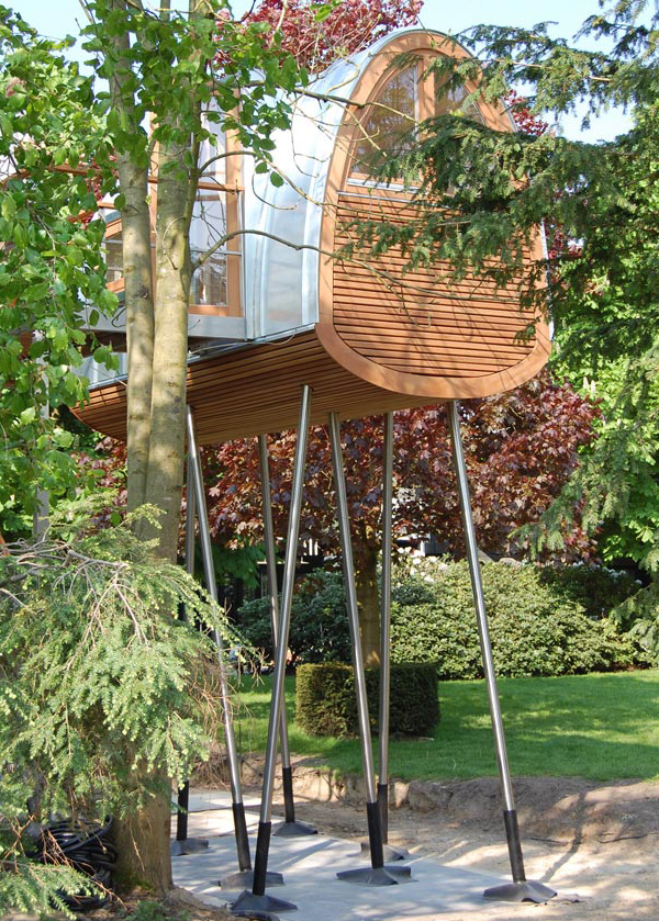 froschkonig-stilt-house-treehouse-3.jpg
