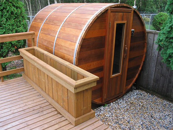 Cedar Barrel Sauna outdoor sauna from Northern Lights