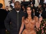 Kanye West tenders public apology to Kim Kardashian West on Twitter