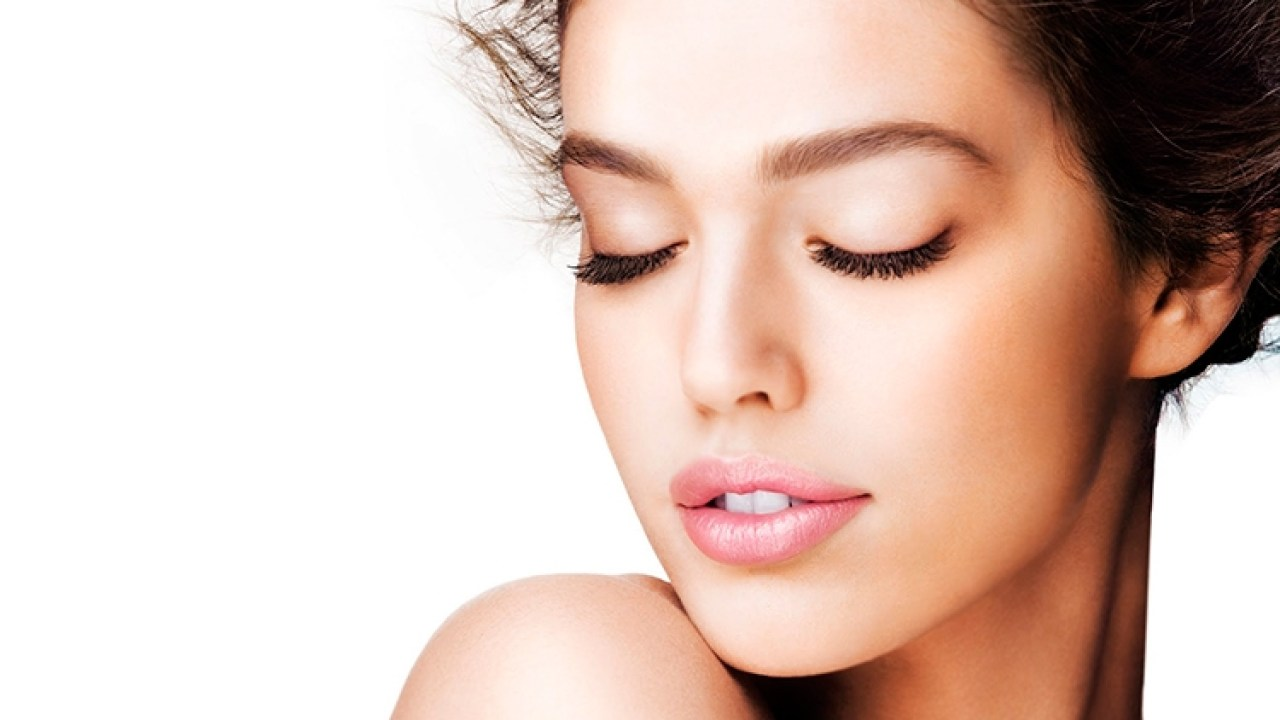 How To Get A Smooth And Clear Skin Skin Care Natural Beauty Tips