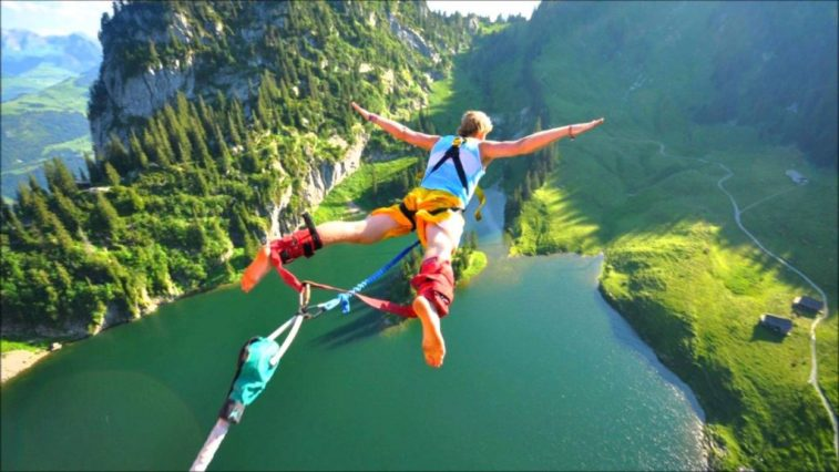 bungee-jumping-best-adventures-to-do