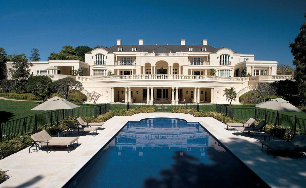 Cover mansion