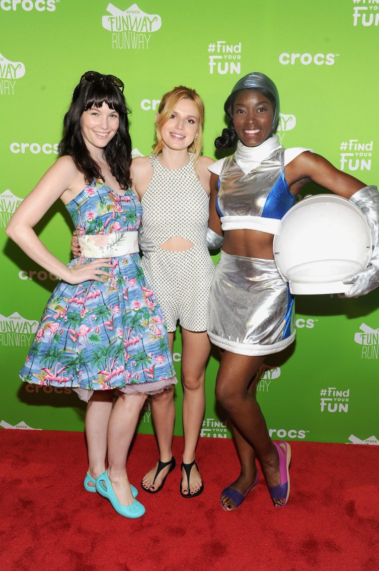 NEW YORK, NY - JUNE 23: Actress Bella Thorne (cr) poses with models at the Crocs Funway Event on June 23, 2015 in New York City. (Photo by Craig Barritt/Getty Images for Crocs)