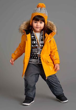 Come vestire i bambini sulla neve in montagna
