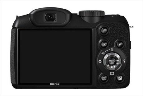 Fujifilm-FinePix-S2800HD-camera3