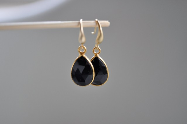 Gold Designer Onyx Earrings