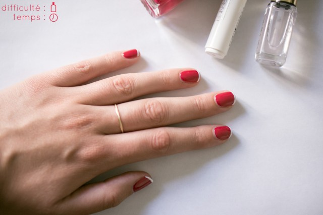Nail-Art-french-manucure-Chanel