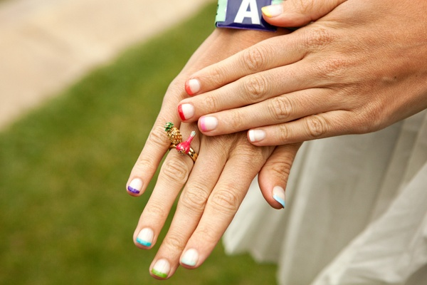 nail art french multicolore