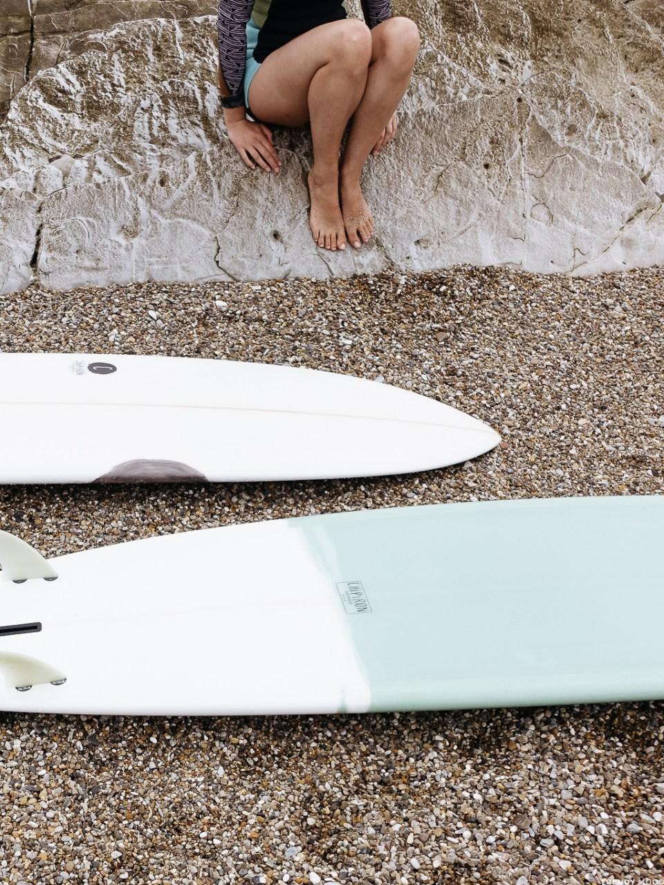 Legs & Surf-1