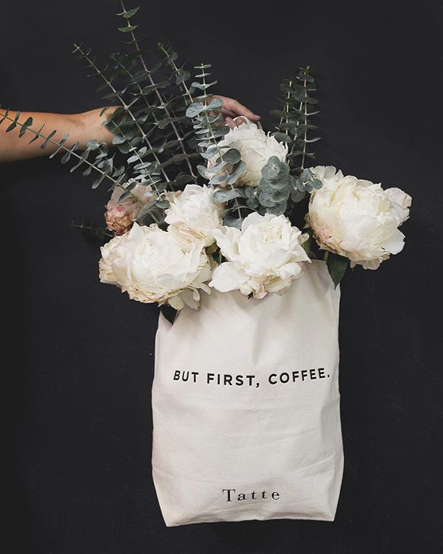 Fleurs dans un sac Tatte