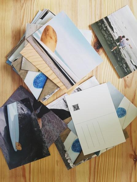 Cartes postales de l'exposition Dix-Deux, un cadavre exquis