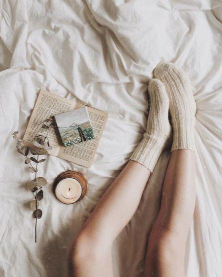 Grandes chaussettes et lectures au lit