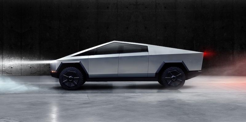 Tesla ha presentato un pick-up