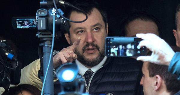 Matteo Salvini, la crisi di governo? Il ruolo chiave di Giorgetti, così approfitta dei guai di Conte e Renzi