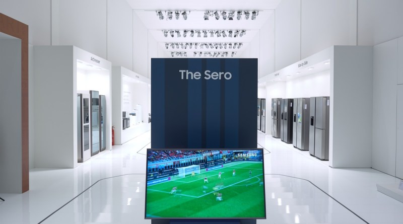 Samsung The Sero: qual è il senso di un Tv che si vede (anche) in verticale
