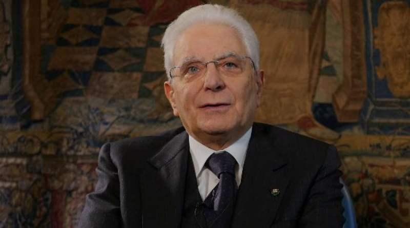Mattarella: l'Italia ce la può fare, osservare le indicazioni del governo per allargare il rischio del contagio