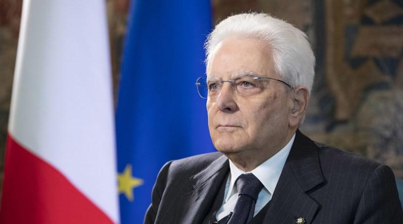 """Mattarella all'Europa: """"L'Italia attende solidarietà, non ostacoli"""". Più di mille morti per il coronavirus"""