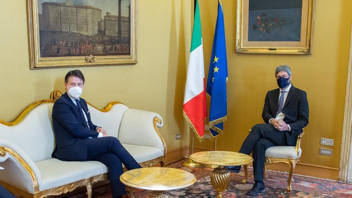 Conte si è dimesso, Berlusconi, centrodestra unito da Mattarella – Politica – ANSA