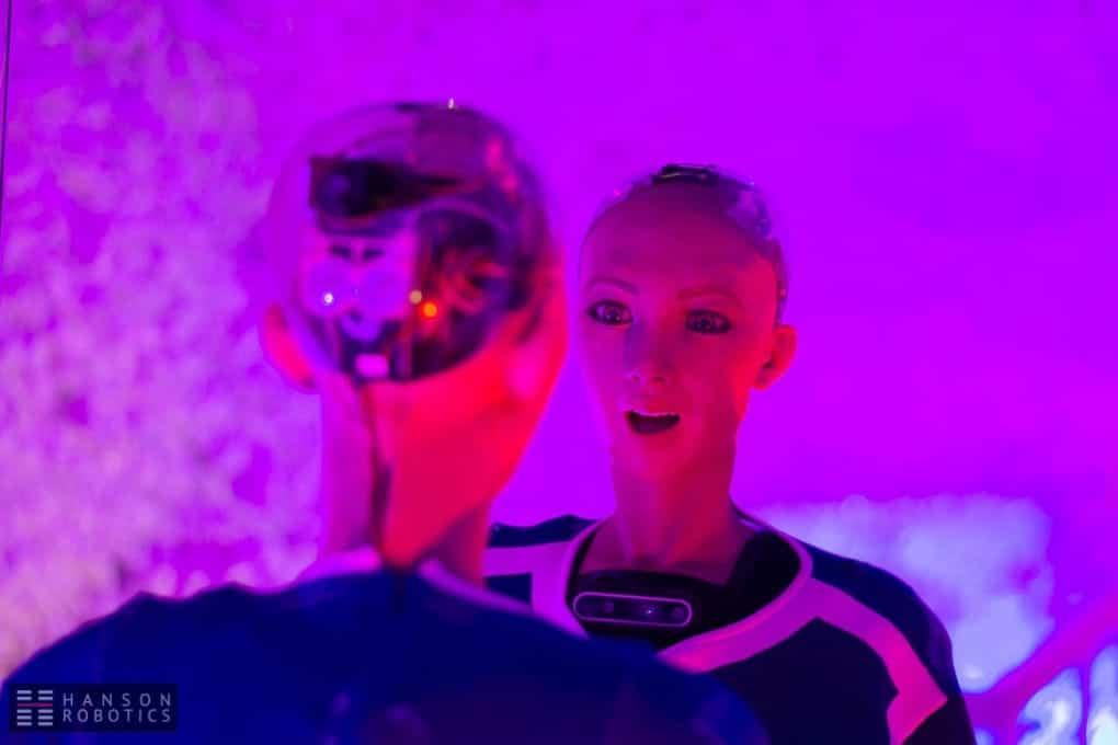 Il primo autoritratto di un robot è quello di Sophia – Focus.it