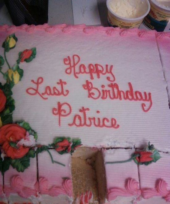 25 Hilarious Cake Fails You Have To See To Believe