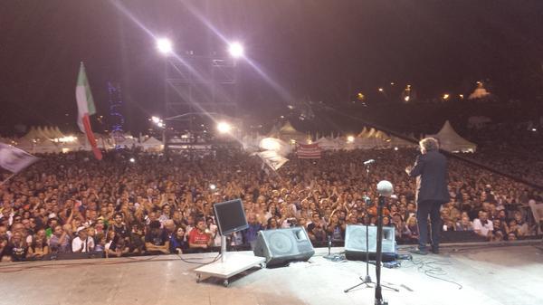 Grillo-sul-palco