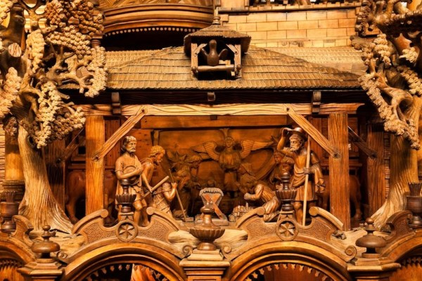 The-Mechanical-Christmas-Crib-of-Třebechovice-Tres-Bohemes-1