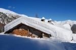 Il rifugio Anzana 2055 m a Pescia Alta, con circa 150/170 cm di neve sul tetto!